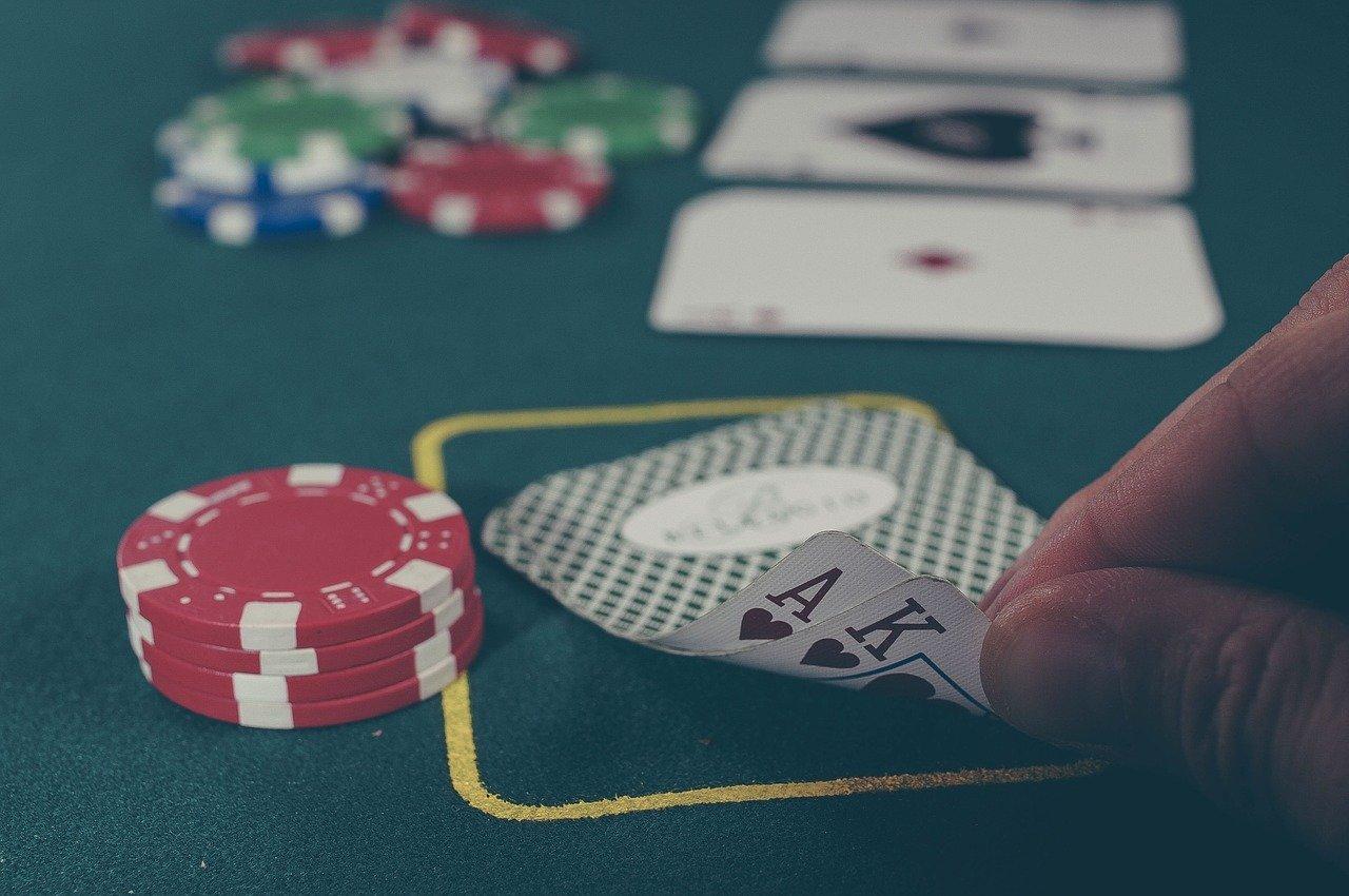 Live Casino Games Vs Land Based Casino Games